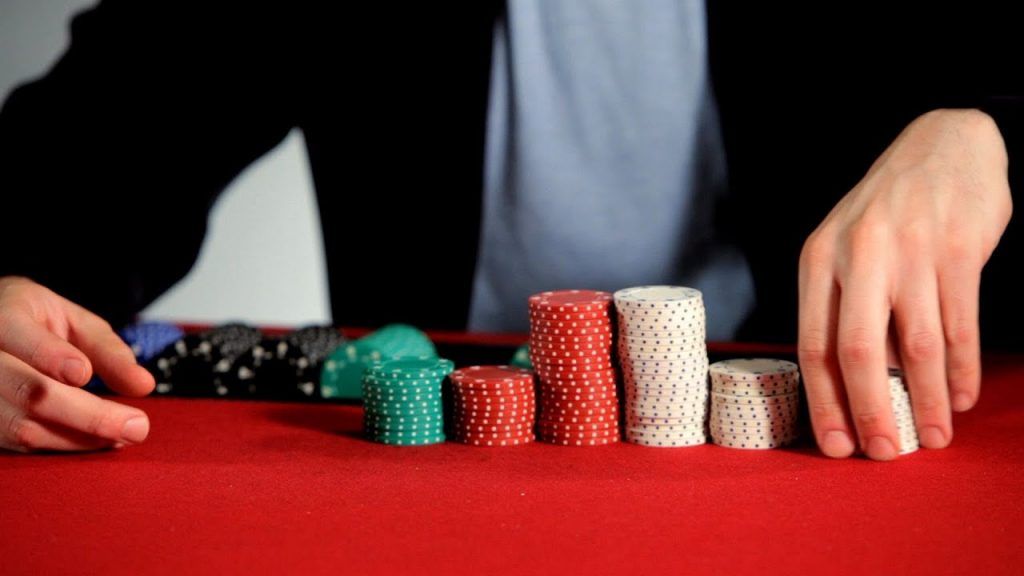 Online casinos provide a safe and relaxing environment.